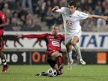 Лига 1: Кавенаги помог Бордо продолжить погоню за Лионом