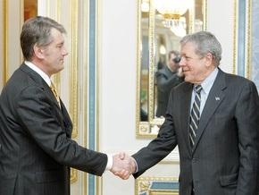 Ющенко рассчитывает, что до конца апреля Украина станет ближе к НАТО