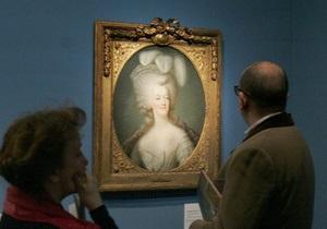 Рукав тюремного платья королевы Марии-Антуанетты ушел с молотка