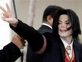 Отец Майкла Джексона назвал новую дату похорон певца