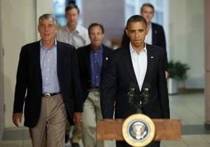 Расстрел людей на премьере Бэтмена: Обама встретился с семьями погибших