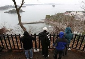 Цунами достигло США: прибрежные районы Калифорнии покинули тысячи человек