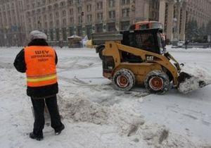 Глава МЧС: Коммунальщики не убирают снег, чтобы сэкономить
