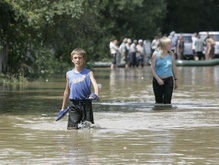 Полмиллиона гривен помощи выделил Севастополь пострадавшим от наводнения в Западной Украине