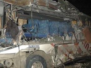 В Перу столкнулись два автобуса: 14 человек погибли