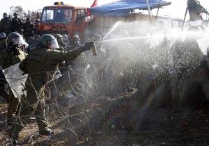 В Косово растет число пострадавших в результате столкновений миротворцев с сербами