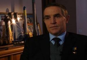 Космонавт Леонид Каденюк пожаловался Корреспонденту на украинских политиков