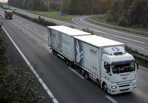 Немцы тестируют новые грузовики длиной в 25 метров - гигалайнеры