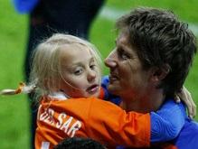 Евро-2008: Хиддинк считает лучшим игроком в составе Голландии ван дер Сара