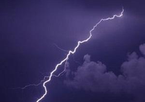 В Израиле в самолет Alitalia ударила молния