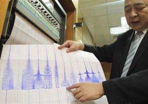 В результате землетрясения на Тайване пострадали восемь человек