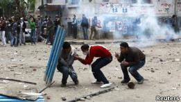 В Каире демонстранты вытеснили полицию с площади Тахрир
