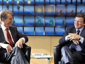 Ющенко пообещал провести свободные и демократичные выборы