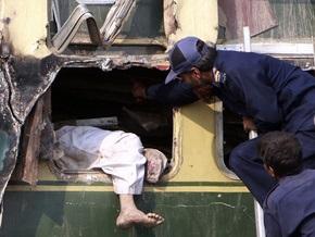 Фотогалерея: Крупная железнодорожная авария в Пакистане