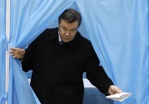 На выборах в Санкт-Петербурге победил Янукович. Тигипко - второй