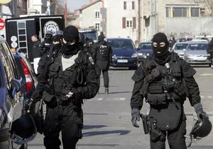 Французская прокуратура заявляет, что обыск в доме богатейшей женщины Европы не проводился