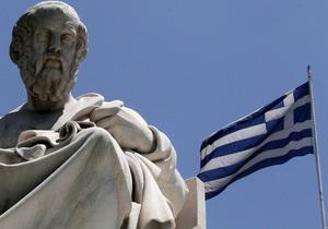 Греция планирует до средины лета продать два банка