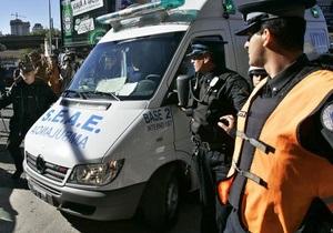 Авария электрички в Буэнос-Айресе: есть погибшие, 550 раненых, десятки людей зажаты в вагонах