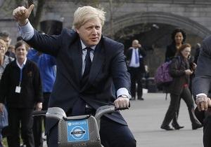 Мэр Лондона призвал позволить Греции обанкротиться и выдворить ее из еврозоны
