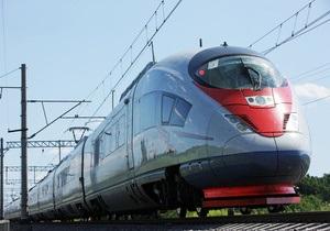 Высокоскоростной поезд Сапсан совершил первый регулярный рейс из Москвы в Петербург