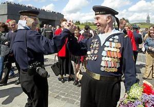 Власти могут перенести начало киевского парада в День Победы