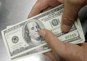 В Киеве чиновник получил $500 взятки за незаконную установку торгового киоска