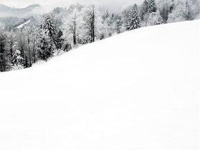 В Карачаево-Черкесии снежная лавина накрыла лыжников