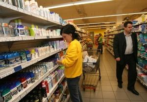 Корреспондент: Потребительское отношение. Импорт теснит с полок магазинов остатки украинского продукта