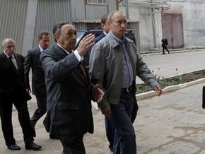 Путин распорядился выплатить зарплаты рабочим, перекрывшим федеральную трассу