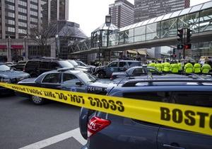Полиция опровергла задержание подозреваемого во взрывах в Бостоне