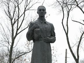 Памятник Сковороде в Киеве могут перенести