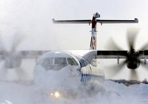 Киевские аэропорты возобновили полноценную работу после перебоев, вызванных снегопадами