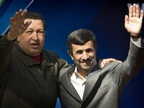 Чавес пошутил о поставках урана для иранской бомбы