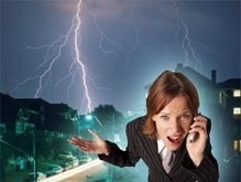 Житель Ровенской области погиб от удара молнии во время разговора по мобильному