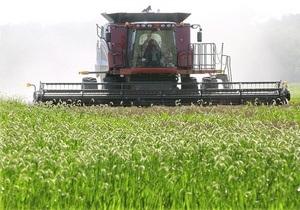 В ожидании одного из крупнейших за 20 лет урожая Украина показывает низкие темпы экспорта зерна