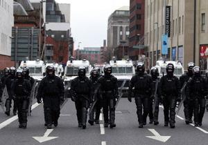 Белфаст - 1000 полицейских направлены в Белфаст из-за беспорядков