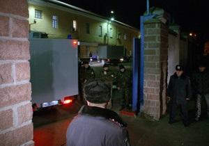 Суд в СИЗО принимает решение, арестовывать ли Тимошенко