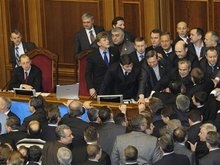 Коалиция завтра пойдет в Раду работать, а оппозиция - блокировать