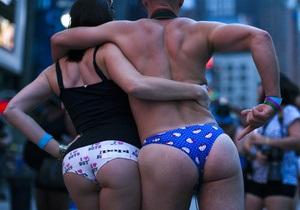 Фотогалерея: Голые на Таймс-сквер. Как в Нью-Йорке отметили День нижнего белья