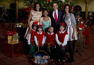 Обама спел на концерте в честь Рождества с рэпером Psy