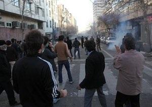 В Иране оппозиция требует освободить соратников из-под домашнего ареста
