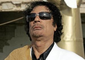 Париж призвал повстанцев и Триполи начать переговоры. США настаивают на уходе Каддафи