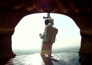 Прыжок Баумгартнера из стратосферы воспроизвели с помощью Lego