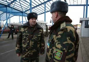 Харьковчанин пытался вывезти в Россию почти полтора миллиона долларов