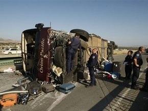 В Калифорнии разбился туристический автобус: есть жертвы