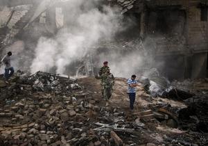 Украинские летчики пытались отвести упавший в Карачи самолет от жилых кварталов