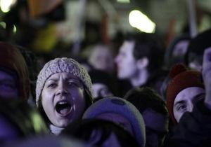 Митинги против итогов выборов в Госдуму прошли в Иркутске, Барнауле и Улан-Удэ