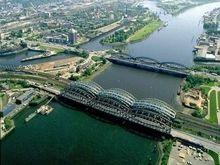 В Германии около 400 тонн топлива вылилось в воды Эльбы