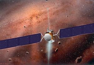 Зонд Dawn передал на Землю первые снимки астероида Веста с низкой орбиты
