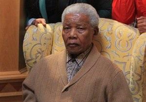 В ЮАР разбился самолет с медиками, ехавшими обследовать Нельсона Манделу